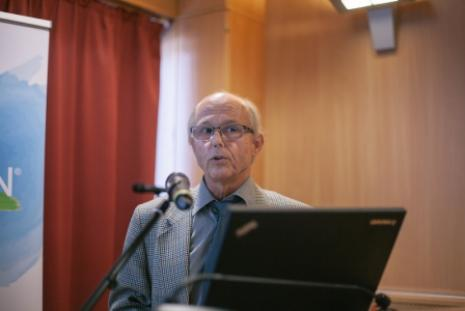 Dr. Babulka Péter